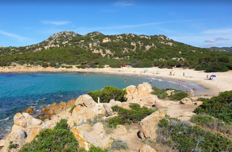 Una fantastica cala cipolla tra le spiagge più belle della Sardegna sud ovest