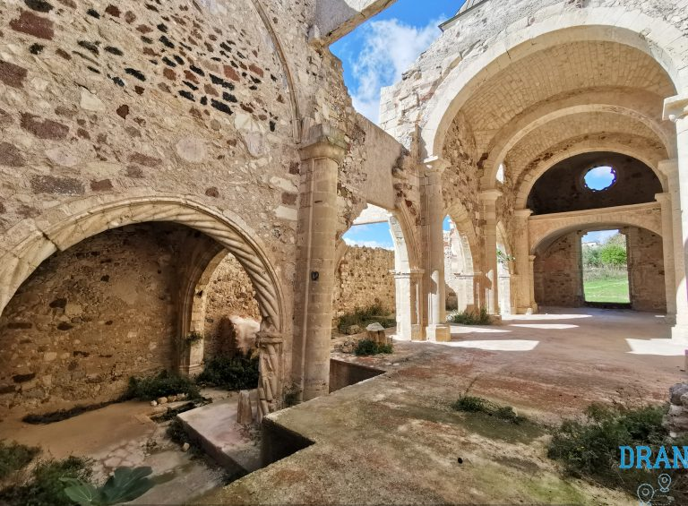 Cosa vedere a Martis ?Sicuramente la chiesa di San Pantaleo è da vedere.